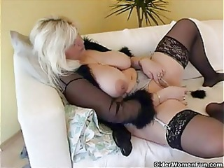 bulky housewife in nylons plays with recent sex