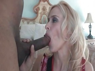 freaky mommy peyton leigh plays with huge black