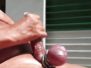 a hot maturbation vid