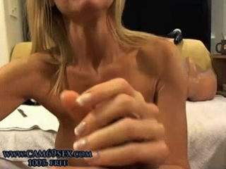 gorgeous older with anal plug blowjobs and uses