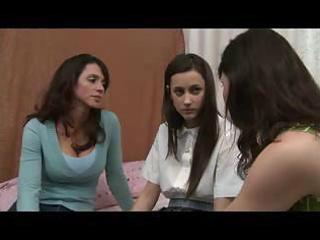 mother shows daughter how to be a lesbo d104
