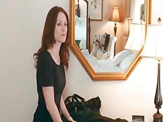 julianne moore &; amanda seyfried - chloe