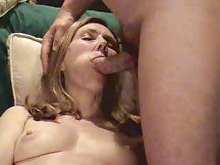 toni blow job aged hairy swinger