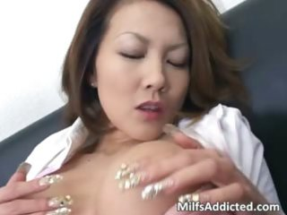excited oriental d like to fuck touches her juicy