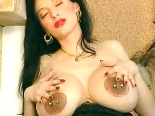 heavy pierced prego mother id like to fuck with