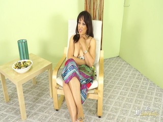 hot mother id like to fuck lala bond gives a full