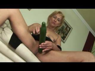 Blonde little saggy titted mature milf toys sucks
