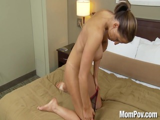 amateur swinger mother id like to fuck does 9st