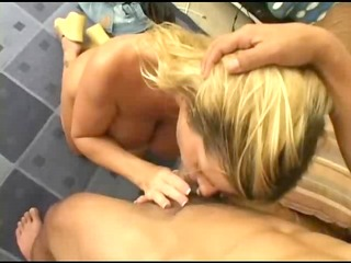 whilst her husband is away this d like to fuck