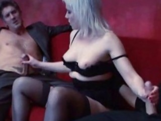 blond mature bitch gets double penetration by