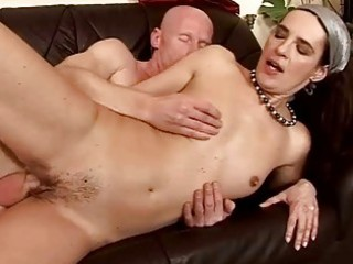granny giving oral pleasure and getting fucked
