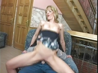 d like to fuck uses her ass to satisfy the