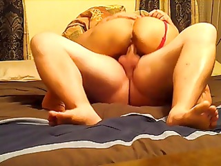 latina rides him to agonorgasmos