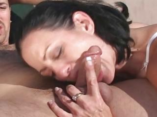 mother i seduces the pool guy - cireman