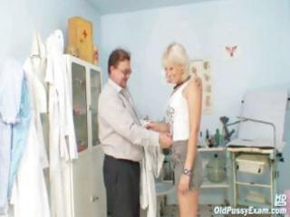 aged romana has old pussy gyno speculum examined