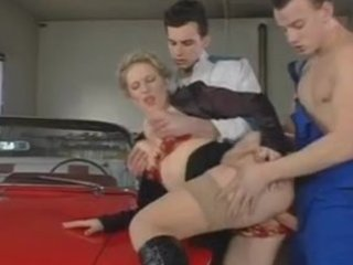 zuzanna - mother i bosse drilled by youthful chaps