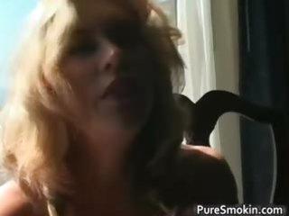 astonishing blonde d like to fuck smokes