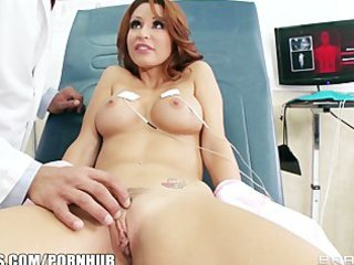 sexy redhead d like to fuck monique alexander