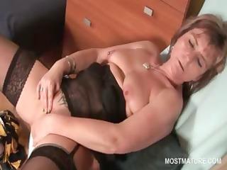 hawt aged in nylons finger fucking her juicy twat