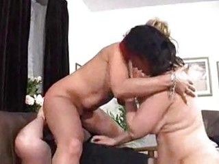 wife and her mommy slurp on hubbys bear knob