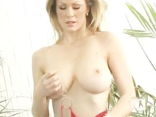 soccer mamma topless
