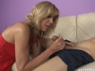 jennys mamma craves to fuck her boyfriend really