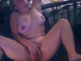mother i agonorgasmos on web camera