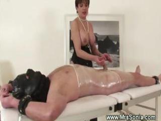 dominatrix-bitch fond of mummification