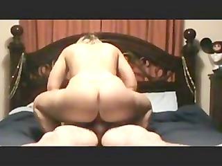 Hot Amateur Riding Cock