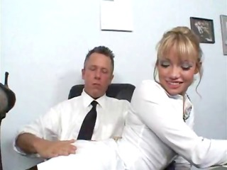 blonde gal reports to her boss for trio sexy