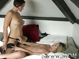 mom lesbo mother i makes love to her girlfriend