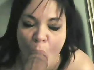 elle aime les grosse bites noirs la vieille salope