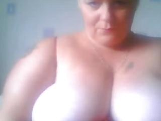 hot aged big beautiful woman 11st timer