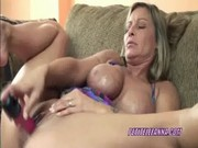 breasty milf leeanna fucking her twat with a toy