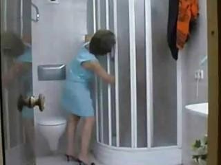 older mother i tempt in the shower