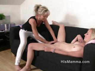 girlfriend receives seduced by mature lesbian who