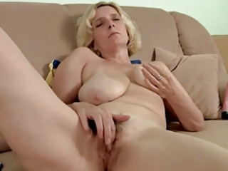 hairy older with saggy tits dildoing by troc
