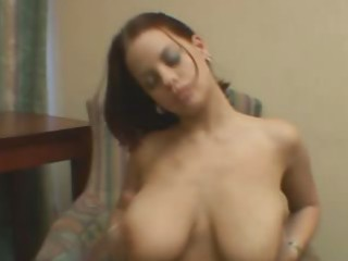 solo d like to fuck with large tits