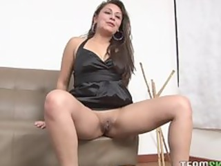latin babe d like to fuck ariana valdes gets