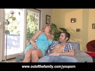 daughter watches her mommy receive a-hole drilled