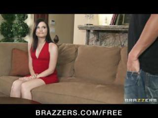 brunette milf comes to the casting sofa and