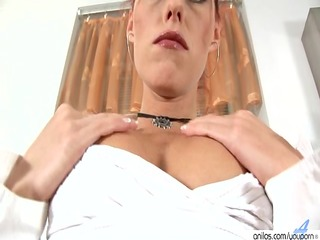 redhead d like to fuck and lesbo aged girlfriend