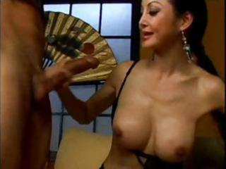 mature mother i ange venus can not spread wide