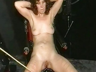 mamma slave with great body receives serveral