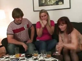 Horny brunette momma opens cum hungry mouth for