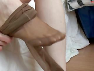 hawt nylon feet