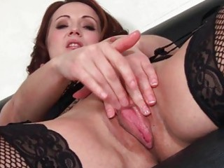 hot chic d like to fuck bitch toys her oozing wet