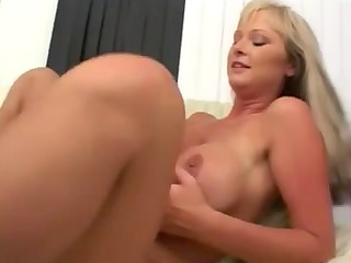 BLOND mother Id like to fuck LIKES WEENIE