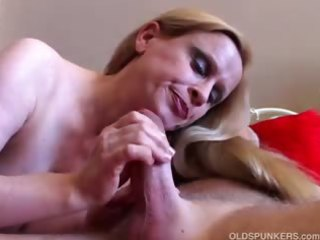 beautiful large scoops mother i loves to fuck