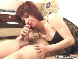 concupiscent redhead milf sucks obese penis part0